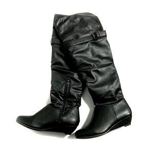 Ardene Tall Black Buckled Boots